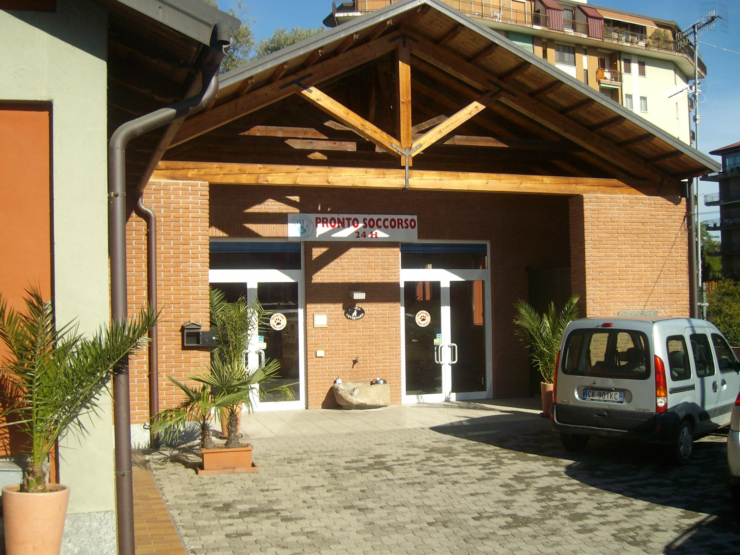 Ristrutturazione completa e ampliamento clinica veterinaria Lago Maggiore